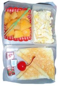 toast,-manggo,-scrambled-egg,-chiz